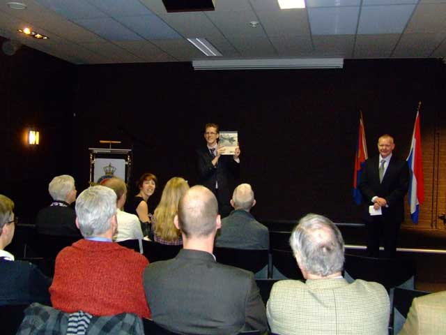 Edwin Hoogschagen during the book presentation